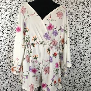 Lasula White Floral Romper with Batwing Sleeves